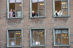 A recent survey suggests that 3 out of 10 people have difficulty opening Windows.